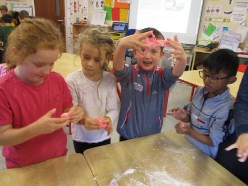 making-slime-and-exploring-our-sense-of-touch